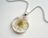 Queen Anne's Lace - Real Flower Garden Necklace - Pressed flower, white, Swarovski crystals, Nature inspired, modern, minimal, casual, ooak