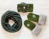 Holiday Christmas Gift Knit Winter Accessories Green Mittens Scarf Headband
