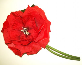 Vintage Silk Flower Corsage .   Old Hollywood  . Corsage  . Red  .  Pin .  Rose .  Gown Dress