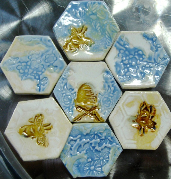 Clayshapes bee magnets