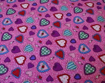 "1 & 3/4 Yards x 45""  Wide Cotton Valentine Print Fabric"
