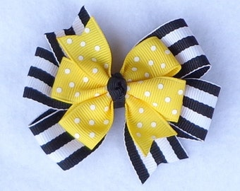 Basic Hair Bow, Bumble Bee Hair Bow, Yellow/Black Hair Bow, Small Boutique Bow, Small Pinwheel Bow, Boutique Hair Bow, Small Hair Bow