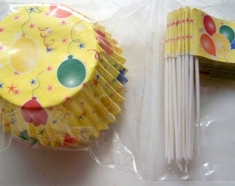 Cupcake Liners & Toppers-Yellow with Balloons