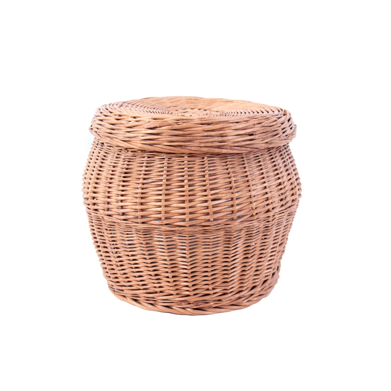 large vintage wicker basket with lid. Black Bedroom Furniture Sets. Home Design Ideas