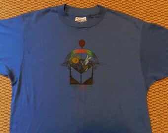 vintage Rainbow Bunny T Shirt Blue 80s stretchy Mens Medium 50/50 Providence Preschool