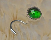 CHROME DIOPSIDE, 4mm, nose jewelry, nose stud, nose screw, nose ring, May birthstone, sterling silver, fine silver, rose cut, ready to ship