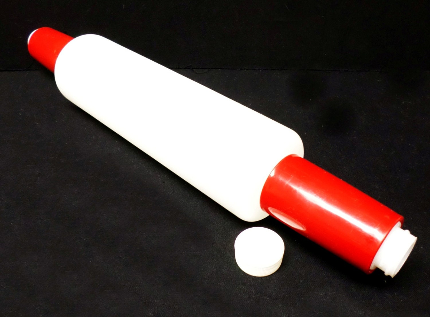 Rolling Pin Fill And Chill Vintage Bright Red Free