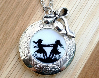 Dancing Sisters Silhouette Locket silvercolored - special gift twin sister daughter best friend mother necklace jewelry