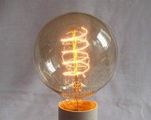 Vintage Edison E27 Globe Twisted Filament Light Bulb - 220V 40W | Antique Nostalgic Edison Industrial Style