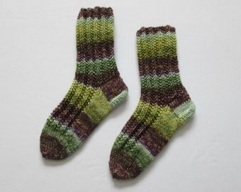 Knit socks medium sized (Women's Size US 6.5-8.5, UK 4-6, Europe 37-39) against cold feet comfortable bed socks 8ply thick
