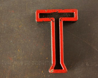 """Vintage Industrial Letter """"T"""" Black with Green and Red Paint, 2"""" tall (c.1940s) - Monogram Display, Shadow Box Letter, Art"""