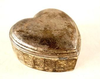 Vintage Heart Shaped Trinket Box, Silverplate Metal (c.1950s) - Valentine Home Decor, Valentine Trinket Gift