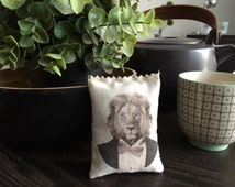 Lion King Lavender Bag, Scented Drawer Sachet Animal Portrait in Tuxedo - Organic Lavender Dryer Sachet - free shipping