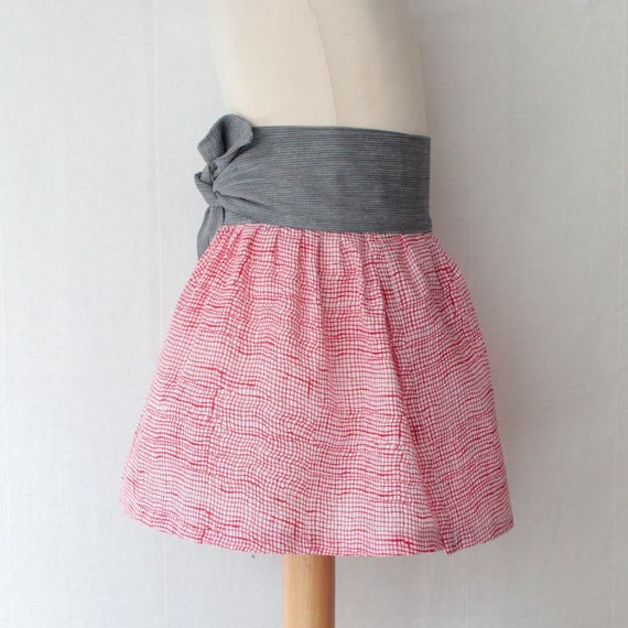 Tie skirt for girls with sash belt, wrap skirt in red prints, mod fall skirt, spring fashion skirt with retro style, sixties inspiration