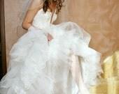 Goldie Elbow Bridal Veil Golden Rattail Edge