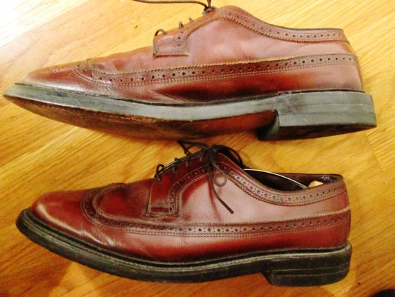 s vintage brown wingtip dress shoes made in by