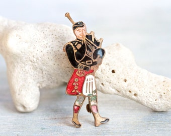 Scotsman Playing Bag Pipes - Enamel on Brass Brooch - Souvenir From Scotland - Made in England