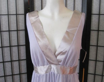 Vintage Long Nightgown Lavender Light Purple Gown 1960s 1970s Loungewear 34 36 S M Maxi Dress NOS Deadstock NWT New with Tag Lilacs
