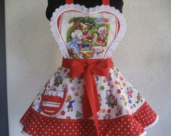 Retro Womens Apron Pam kitty and friends