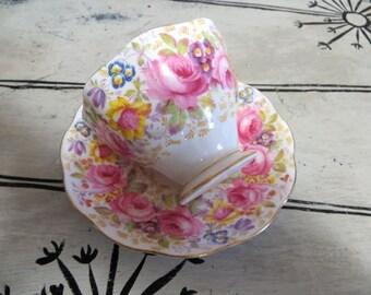 Tea Cup Royal Albert Serena Tea Cup Pink Rose Floral Teacup Bone China Teacup Porcelain Tea Cup Shabby Chic Tea Cup