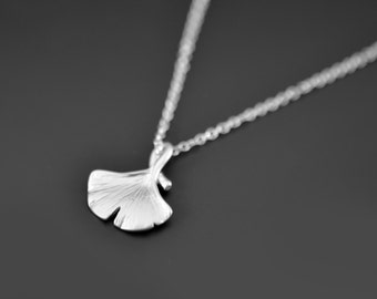 10% OFF, Silver Leaf Necklace, Ginkgo leaf necklace, Simple necklace, Silver necklace, Delicate necklace, Ginkgo,Christmas gift,Mother gift