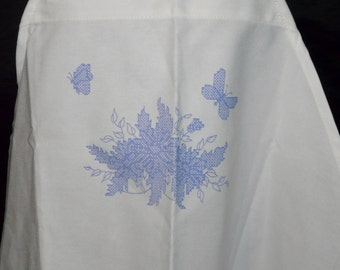Butterfly Flowers Stamped Cross Stitch Apron White Full Length Linen Tie Back Embroidery