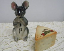 Mouse and cheese Gulf of Mexico shakers made in Japan vintage kitsch