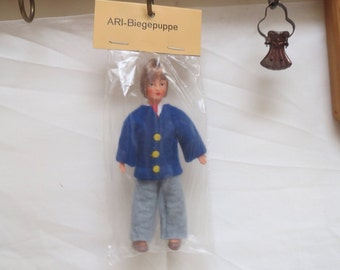 Vintage Ari bendable dollhouse doll