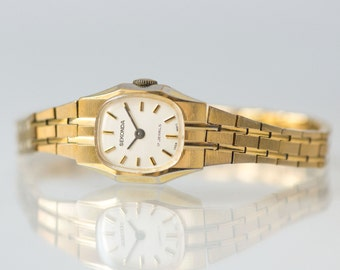 Lady's watch gold plated, cocktail watch mint condition, lady's timepiece Sekonda, wrist watch gift her Bday