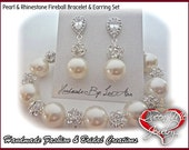 Pearl set ~ Pearl Bracelet and earring set ~ Swarovski pearls and crystals ~ Elegant ~ Bridal Jewelry ~ Bridesmaids ~Prom ~Gift ~ LOLITA