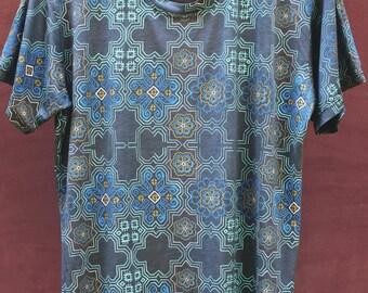 Huichol Peyote Mens T-shirt in Light Grey Modal