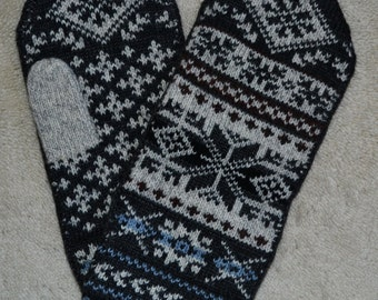 Norwegian Scandinavian hand crafted 100% Wool Mittens, XL, folk art