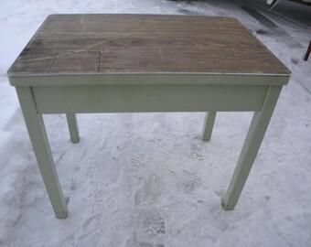 nice vintage MID CENTURY INDUSTRIAL metal table school computer desk  pick up only