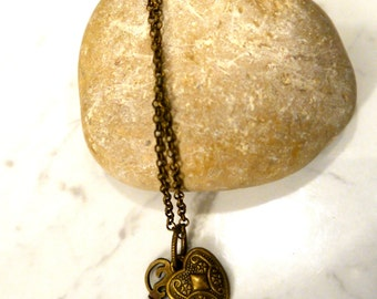 Romantic pendant, The heart and the key