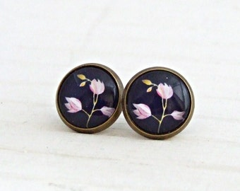 Blue and Pink Flower Earrings .. pink blue earrings, blue studs, flower studs, navy blue earrings, pink blossom, blue earrings