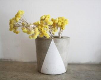 mehiko concrete vase
