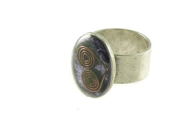 Orgone Energy Ring with Purple Amethyst - Simple Oval Cocktail Ring - Adjustable Ring - Orgone Energy Jewelry - Artisan Jewelry
