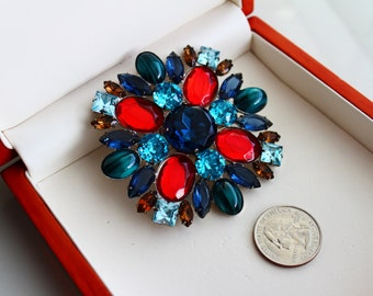 KJL Kenneth Jay Lane Jewel-tone Maltese Cross Brooch/Pin