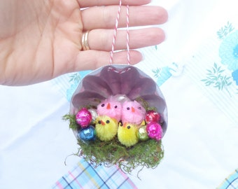 Kitschy Chenille Chicks Moss Vintage Tin Easter Spring Ornament