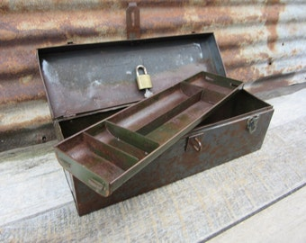 Vintage Metal Tool Box with REESE Lock and Key Painted Metal Industrial with Tool Caddy Insert Industrial Decor Storage Organization Rustic