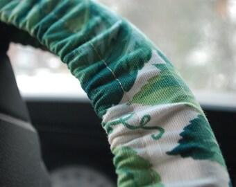 Steering Wheel Cover Green leaves pattern