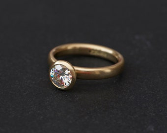Moissanite Engagement Ring in 18K Gold - Moissanite Gold Engagement Ring - Contemporary Moissanite Engagement Ring - Made to Order