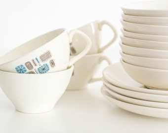 Mid Century Modern Cups and Plates Set