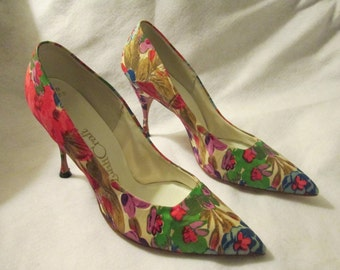 1960's Floral Fabric Print Ladies PUMPS by Quali Craft