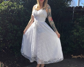 1980s MED white lace summer WEDDING DRESS
