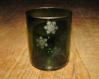 3.5 inch recycled wine bottle tumbler with snowflake etching