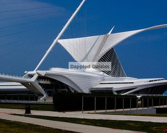 Photograph of the Art Museum in Milwaukee WI