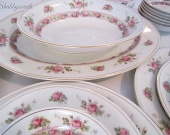Beautiful Vintage Czechoslovakia Rosedale China Shabby Pink Rose Gold Rimmed Porcelain Berry Bowl