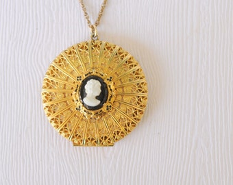 1930's vintage / Art Deco filigree locket / gold plated CAMEO locket with original photos/ BOYS