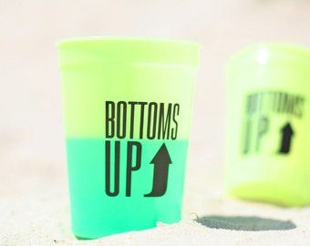 Set of 8 Bottoms Up Color Changing Plastic Cups | Gameday | Lake | Bachelorette | Beach | Party Cups by Darby Cards